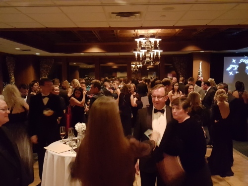 Judge Edward LaRose and his wife mingling with students during the cocktail hour