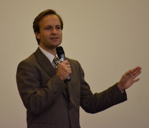 "Michigan Lieutenant Governor Brian Calley provided the keynote during the conference ""Paradigm Shift: Changing Law and Education to Better Support Addiction Recovery,"" hosted at WMU-Cooley Law School's Auburn Hills campus on Thursday, Nov. 12."